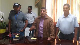 Gobernador e Ingeniero del INAPA evalúan acuedutos