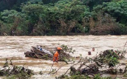 Fiscalía de El Seibo impedirá que menores se lancen del río Soco.