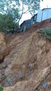 continuan-lluvias-derrumbes-y-deslizamientos-de-tierra-en-el-este-1
