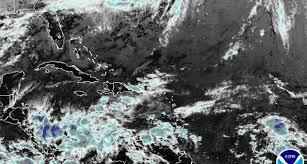Vaguada provocará lluvias débiles; mientras las temperaturas estarán frescas.