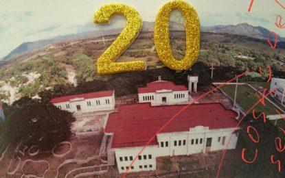 Celebran el 20 cumpleaños no feliz de la Casa de la Cultura.
