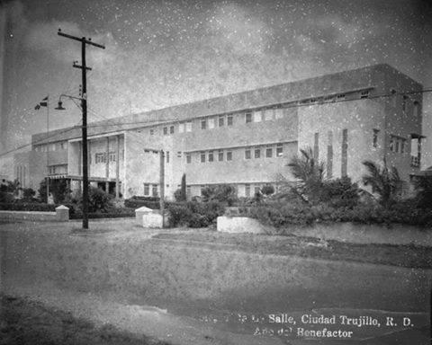 Colegio Dominicano de La Salle fue  fundado el 7 de febrero de 1933.