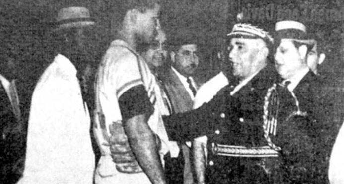 El 13 de febrero de 1959, se escenificó una trifulca en el Estadio «Generalísimo Trujillo» -hoy Estadio Quisqueya-.
