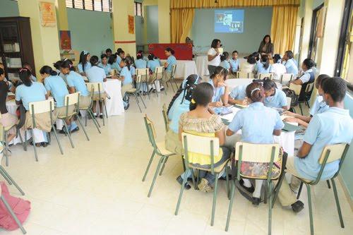 Educación en El Seibo convoca a estudiantes para el 3 de mayo.