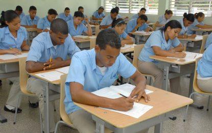 Asociación  Dominicana de Profesores filial El Seibo levanta paro.