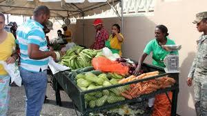 INESPRE continúa realizando feria de comestibles en El Seibo.