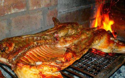 Margarín y Candelaria celebran tradicional  fiesta de navidad.