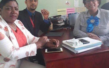 Distrito Escolar 12-03 pide a padres, madres y tutores enviar a sus hijos a la escuela