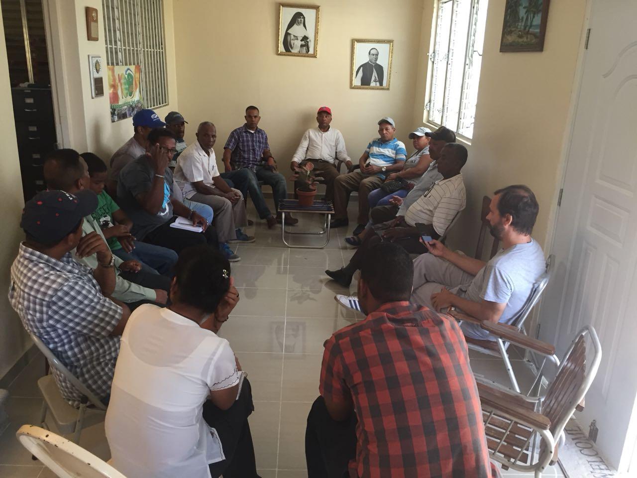 Las asociaciones de campesinos se unen en contra de abusos