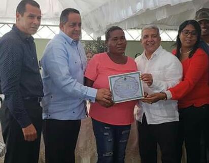 Campesinos inconformes con entrega de títulos provisionales en Mata de Palma