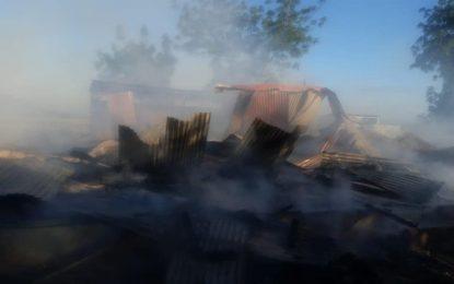 Incendio destruye casa en La Higuera