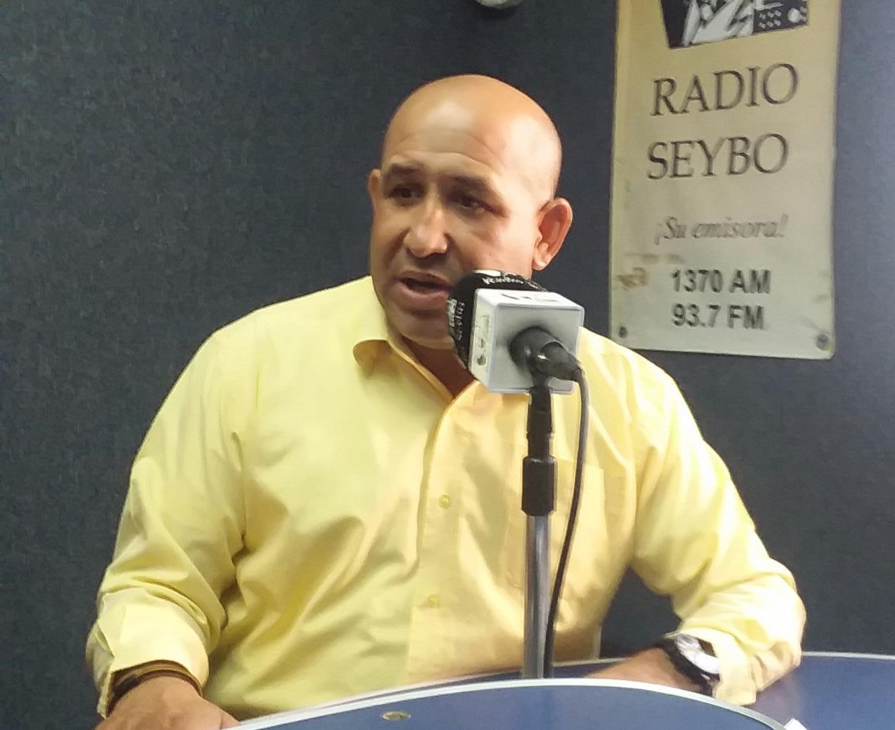 Dr. Harold Cueto expresa riesgos de ingerir alimentos y bebidas en exceso durante Semana Santa