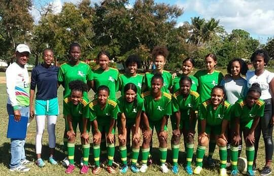Selección seibana de fútbol femenino se alza con medalla de oro en los Juegos Escolares 2019