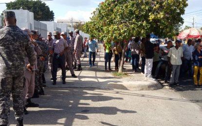 Asociación Mamá Tingó continúa esperando distribución de tierras que prometió el presidente Danilo Medina