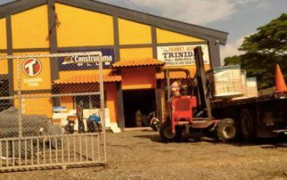 Asaltan la Ferretería Agraria Trinidad en Hato Mayor