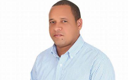 Omar Peralta gana elecciones de ADP en El Seibo